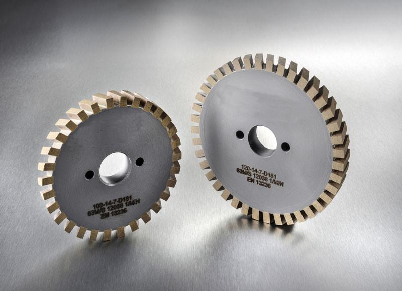 Mehrteilige Trennscheiben für CNC-Maschinen. Geeignet für alle Glastypen.